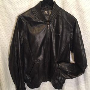 Soft black leather coat 18 al Wissam